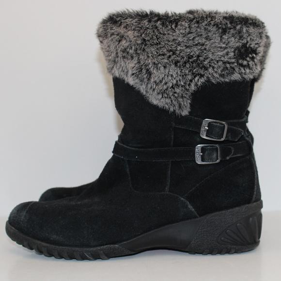 dd5954efc81 Khombu Shoes - Beautiful Khombu Black Suede Winter Boots size 10